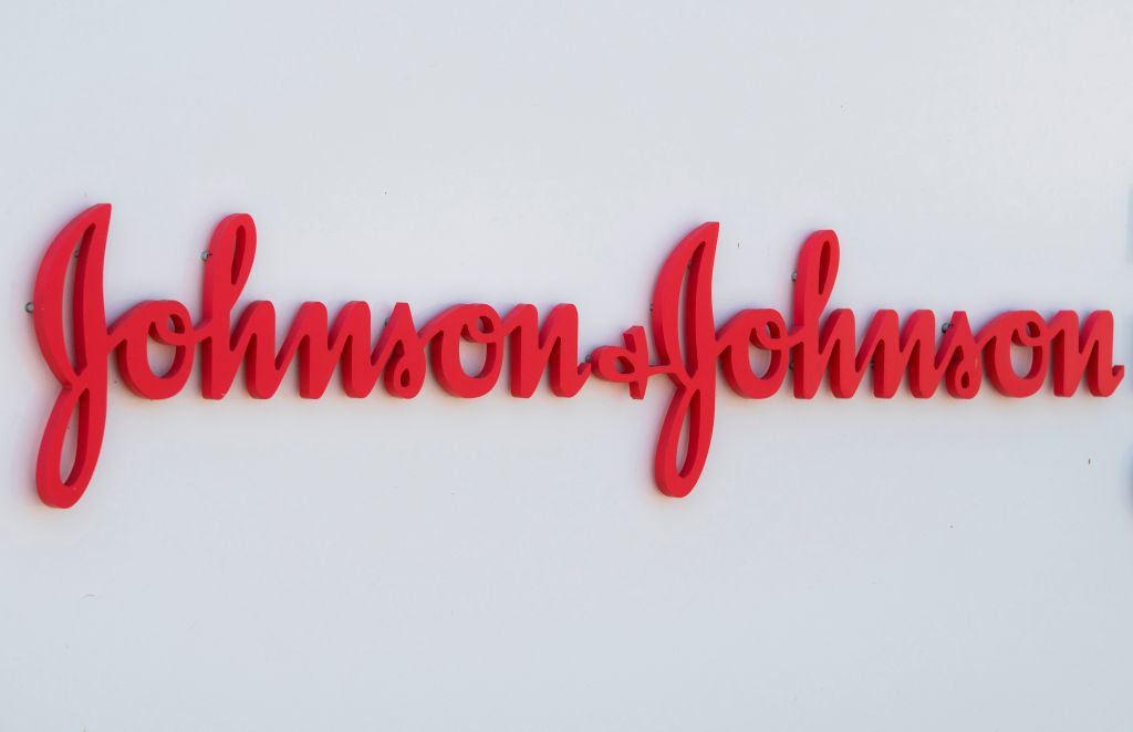 World Trauma Day Alert: Johnson & Johnson Private Limited and Indian Road Safety Campaign pledge to strengthen EMS in India